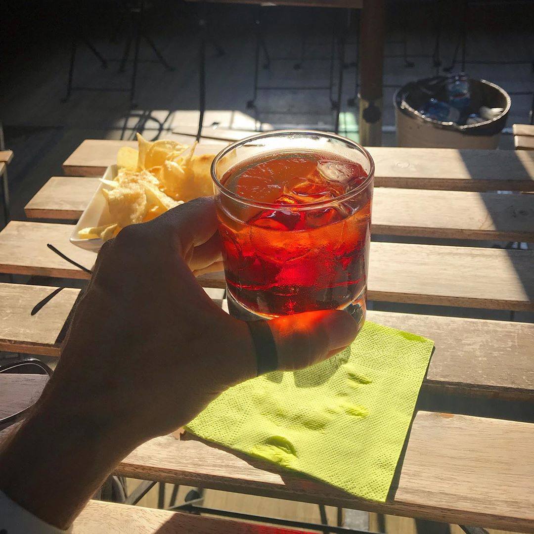 It's currently 38C, so I've chosen a classic Italian aperitivo for the afternoon walk